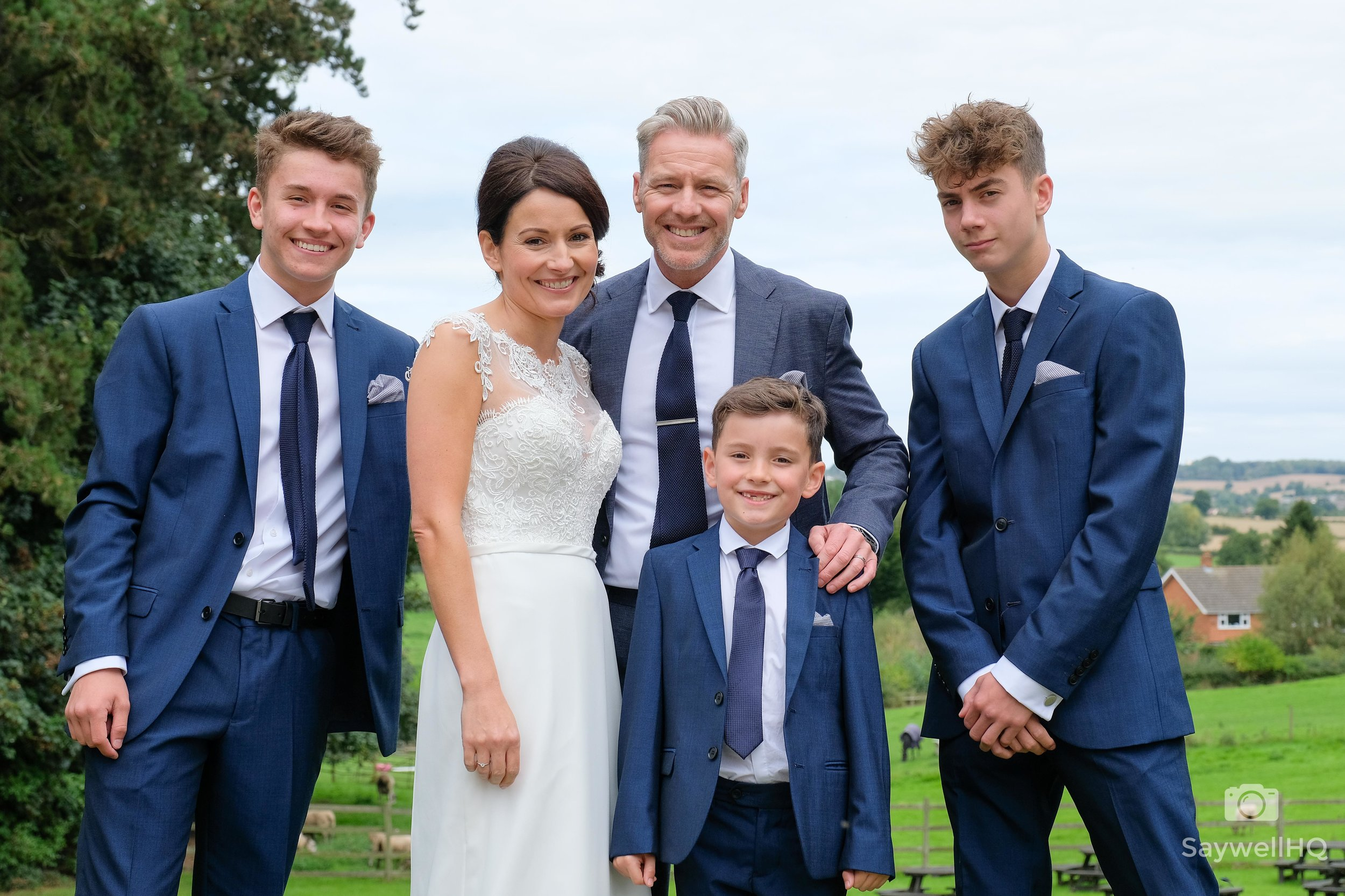Stress Free Wedding Group Shots and Family Formals - easy way to do the family formals at weddings