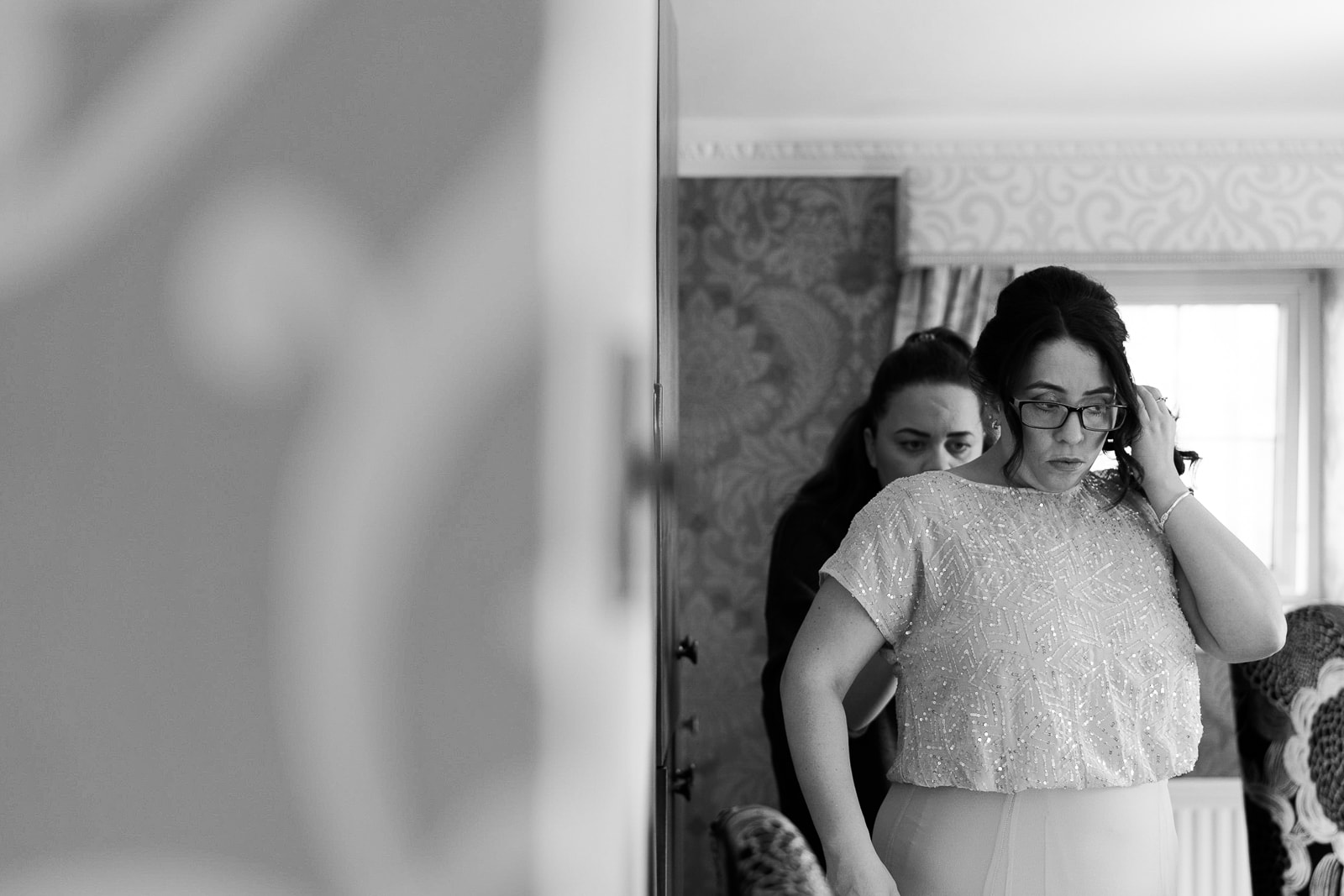 Norwood Park Wedding Photography - Bride and Bridesmaids getting ready on the morning of the wedding