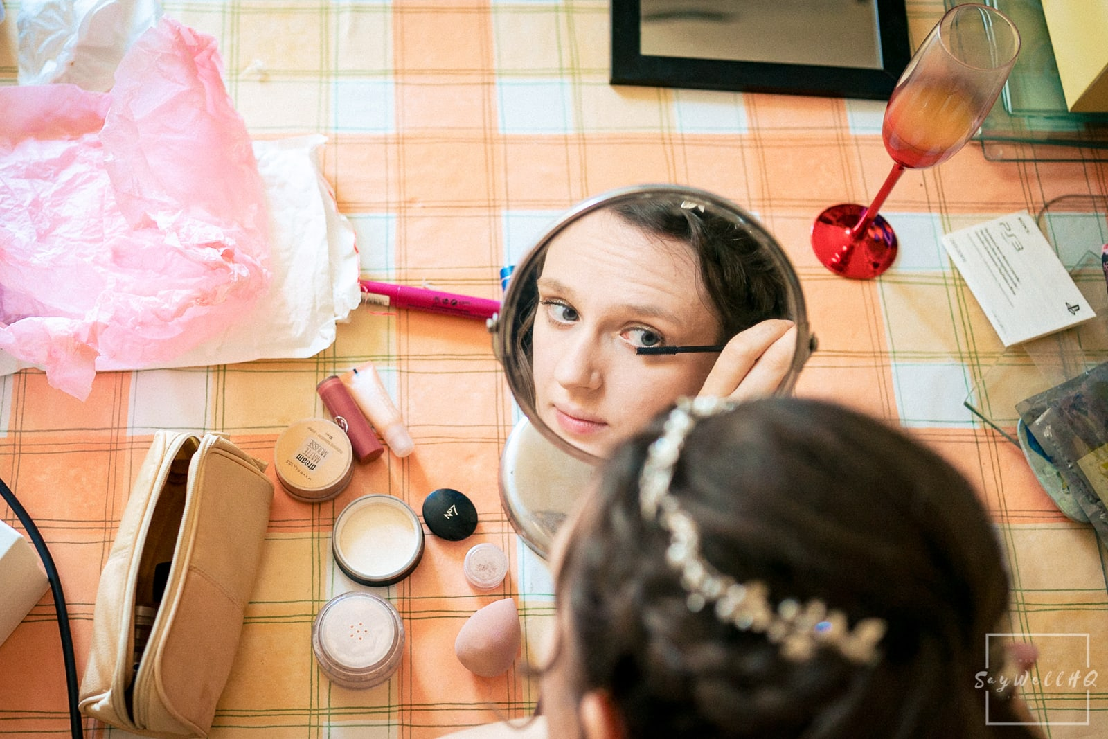 melbourne derby wedding photographer - Bride and Bridesmaids getting ready on the morning of the wedding